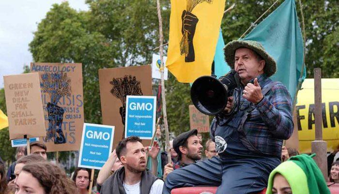GMO feature Speaker