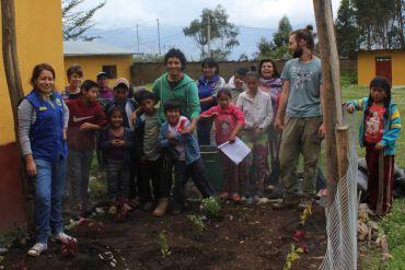 Ecoaldea Allyn Kawsay Group Photo